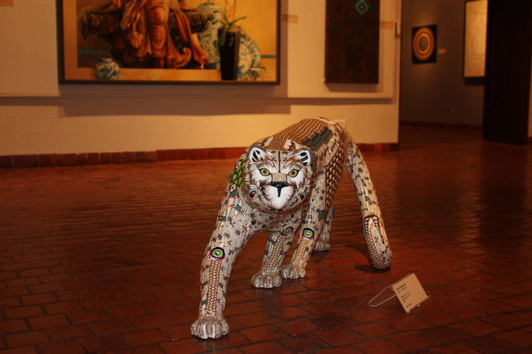 Big Cat by Adam Rees - search and link Sculpture with SculptSite.com