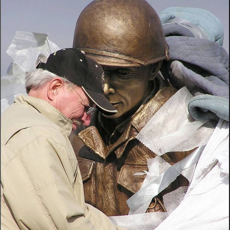 Monuments - A Call to Duty by Edd Hayes - search and link Sculpture with SculptSite.com