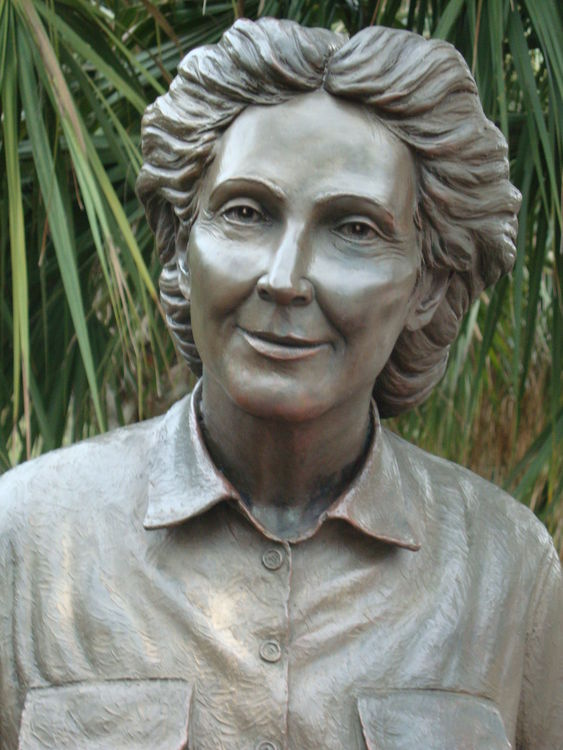 Monuments - Thelma Mercer, Welcome to My Garden by Edd Hayes - search and link Sculpture with SculptSite.com