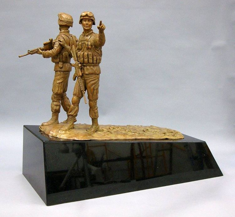 Monuments - The Way Home (maquette) by Edd Hayes - search and link Sculpture with SculptSite.com