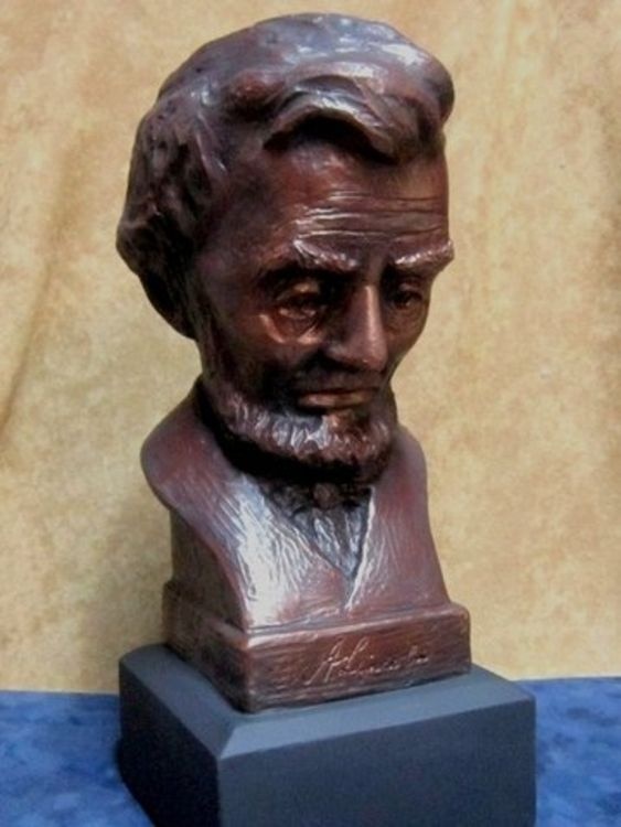 Abraham Lincoln by Robert Toth - search and link Sculpture with SculptSite.com