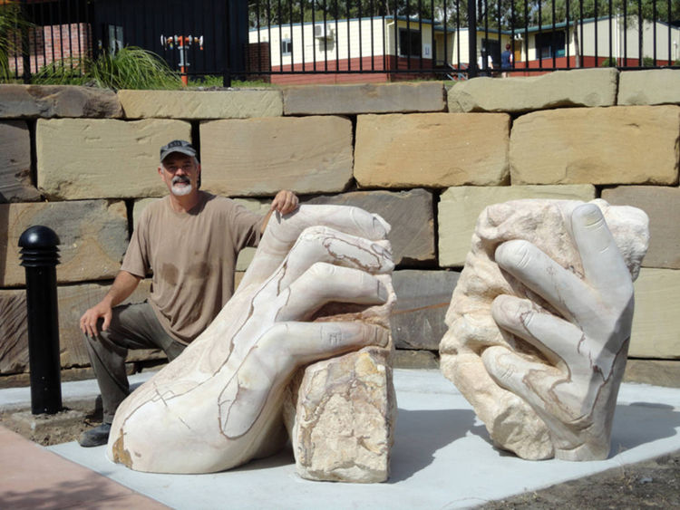 Christ's hands by Antone Bruinsma - search and link Sculpture with SculptSite.com