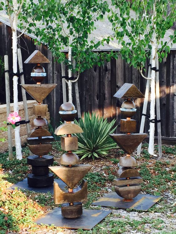 Drods  by Dan Rider - search and link Sculpture with SculptSite.com