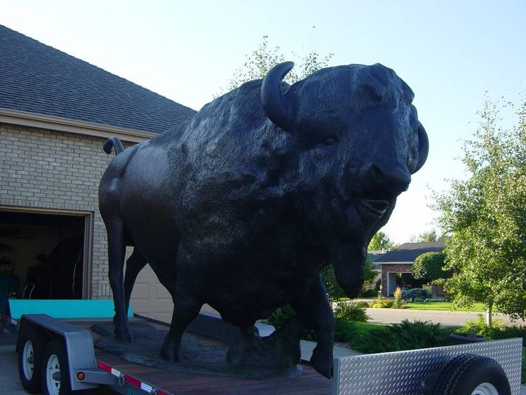 Colorado Ruler by Dawn Weimer - search and link Sculpture with SculptSite.com