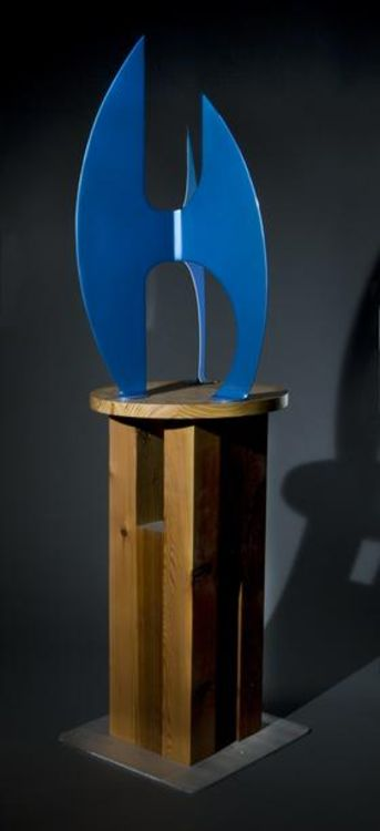 After the Race II I-32in Electric Blue by Gilbert Boro - search and link Sculpture with SculptSite.com