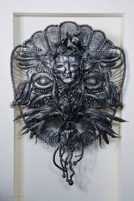 Mask of Winter Queen by Arman Hostikyan - search and link Sculpture with SculptSite.com