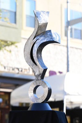 Eternal Flame by Hunter Brown - search and link Sculpture with SculptSite.com