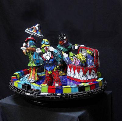Clowning Around by Jill Nassau - search and link Sculpture with SculptSite.com