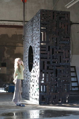 by David Vanorbeek - search and link Sculpture with SculptSite.com
