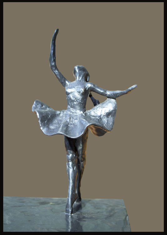 Fay-Tureaud-of-Cross-Pond-Road by Sterett-Gittings Kelsey - search and link Sculpture with SculptSite.com