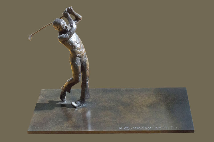 The Golfer by Sterett-Gittings Kelsey - search and link Sculpture with SculptSite.com